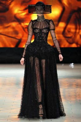 Alexander-McQueen-No-Runway-Show-AW2013