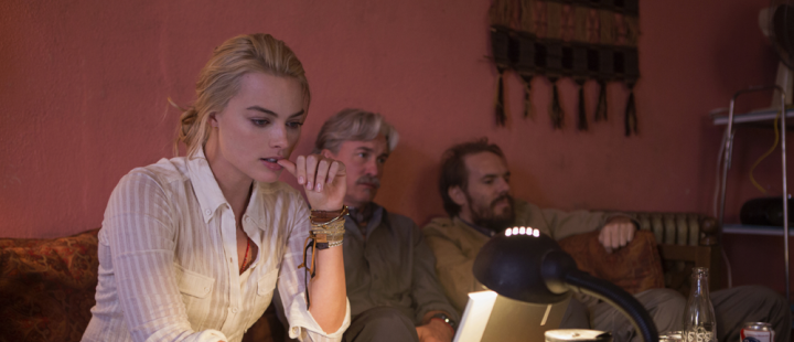 """Margot Robbie as Tanya Vanderpoel in """"Whiskey Tango Foxtrot (Photo: Paramount Pictures)"""