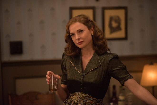 Florence-Foster-Jenkins-40s-Fashion-Rebecca-Ferguson-Shirt-Dress